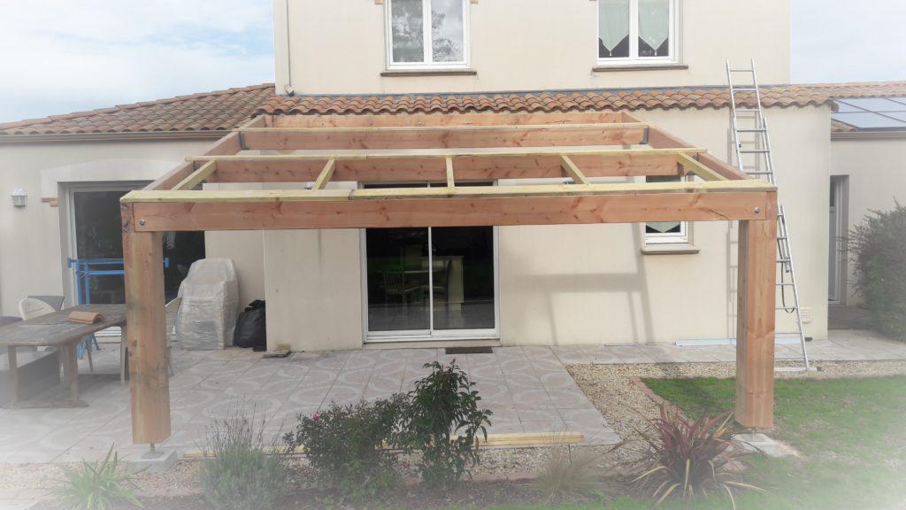 construction d'une structure bois pour toiture photovoltaïque